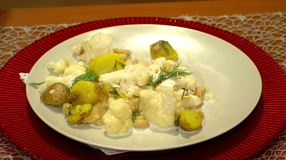 Moja mama - recepty - Karfiolové ragú s hubami a čerstvým kôprom