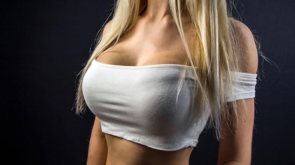 Veľké prsia veľké prsia