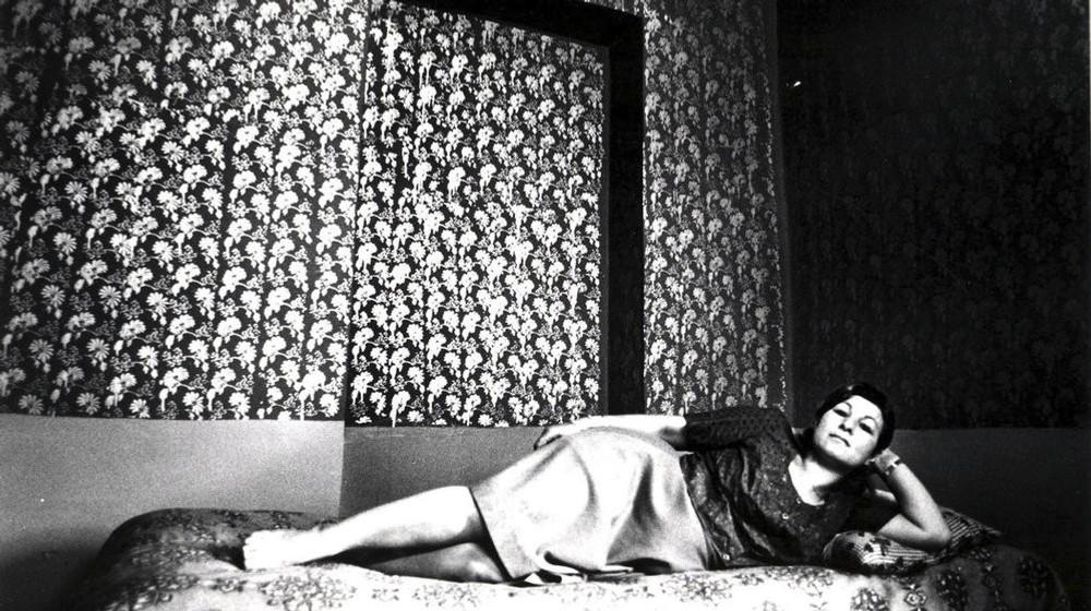 d10d2da210d9 Unikátne historické fotografie prostitútok v moslimskom Iráne  Dnes ...