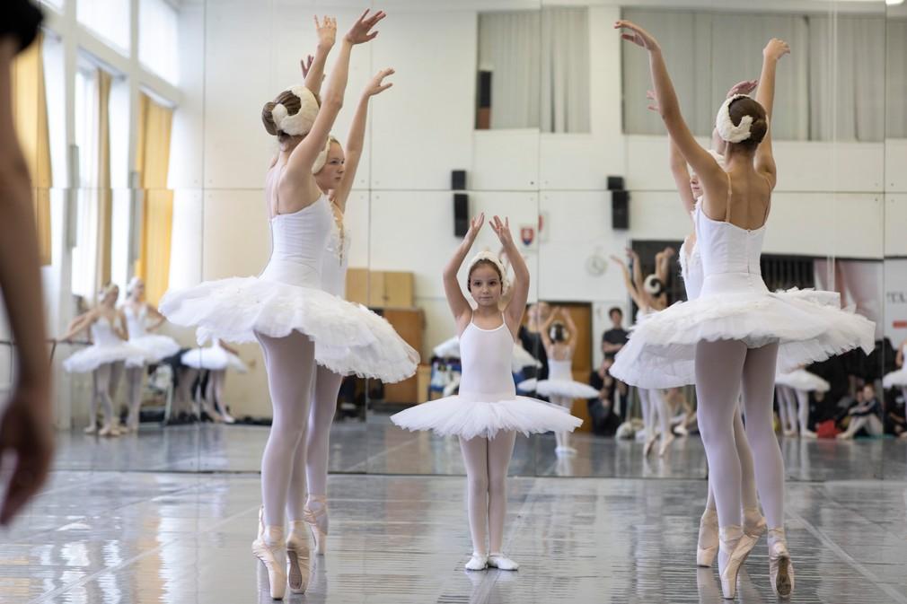 V siedmom nebi - Saška v baletnej škole