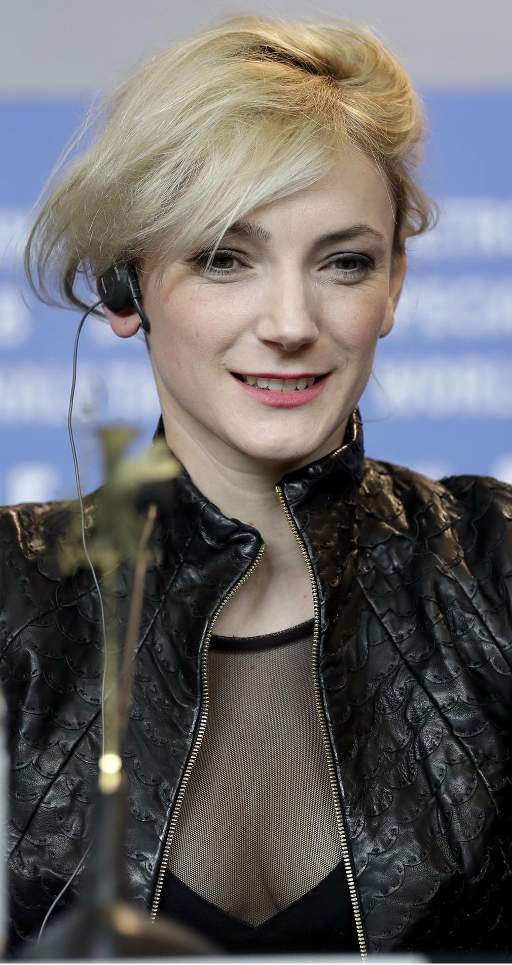 Alexandra Borbely