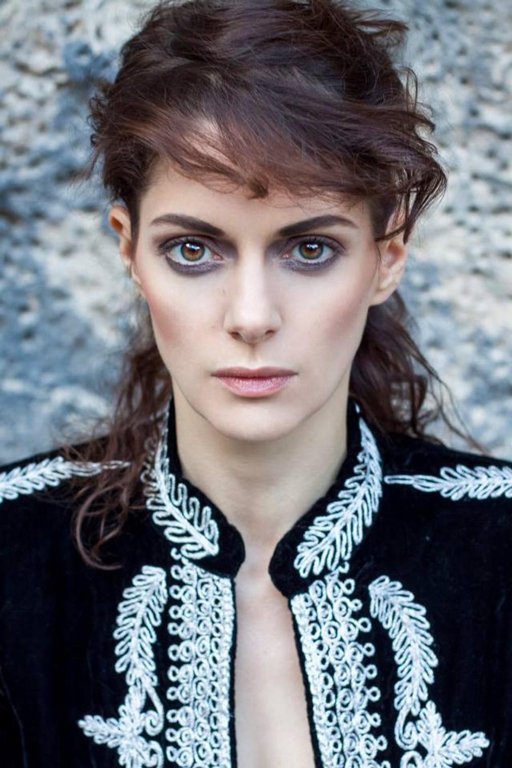 Watch Klara Issova video