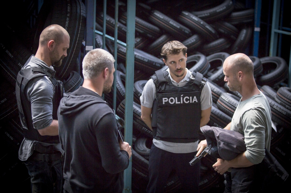 Prvé zábery z nakrúcania seriálu Za sklom 1
