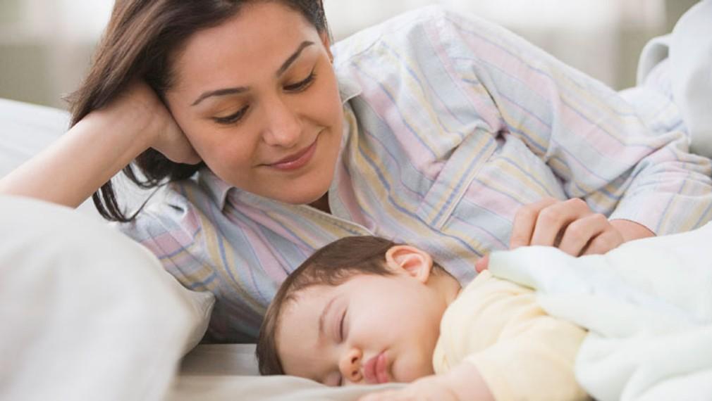 d1b3e5a8d3ca Spánok v jednej posteli s novorodencom  Ohrozuje ho na živote!