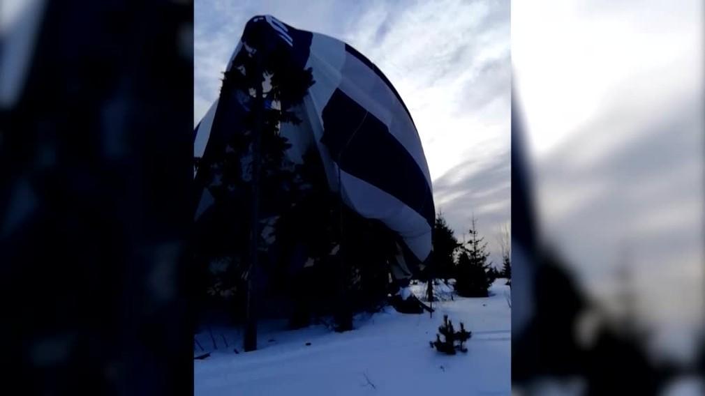 [multi] Pád teplovzdušného balóna vo Vysokých Tatrách. Záchranári našli už len prázdny kôš 665