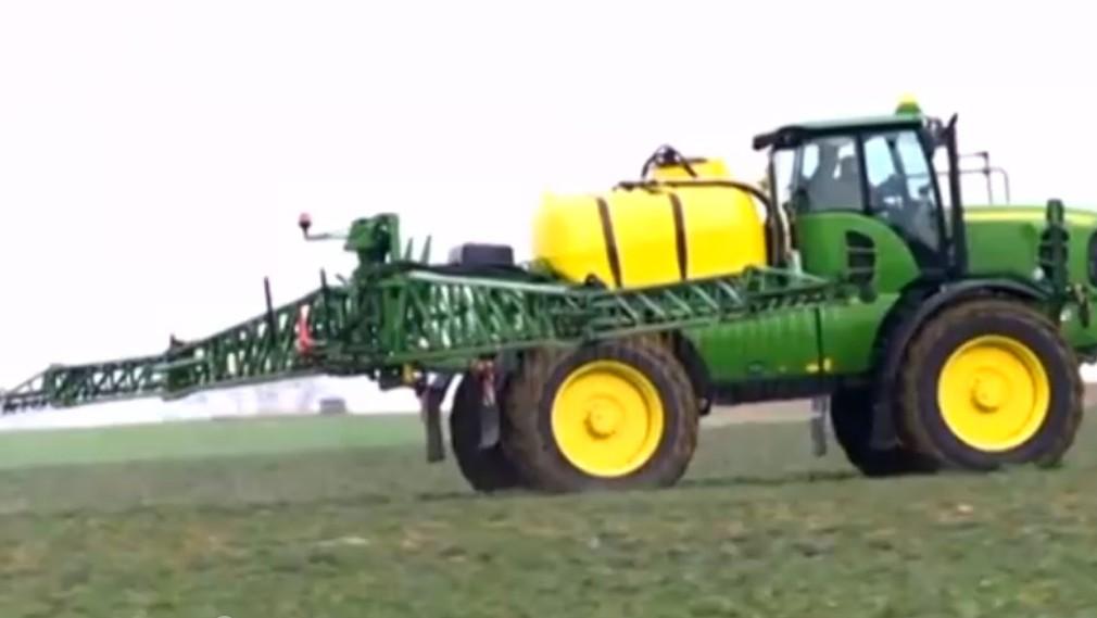 Europoslancov trápi prílišné používanie pesticídov. Pripravujú zmeny