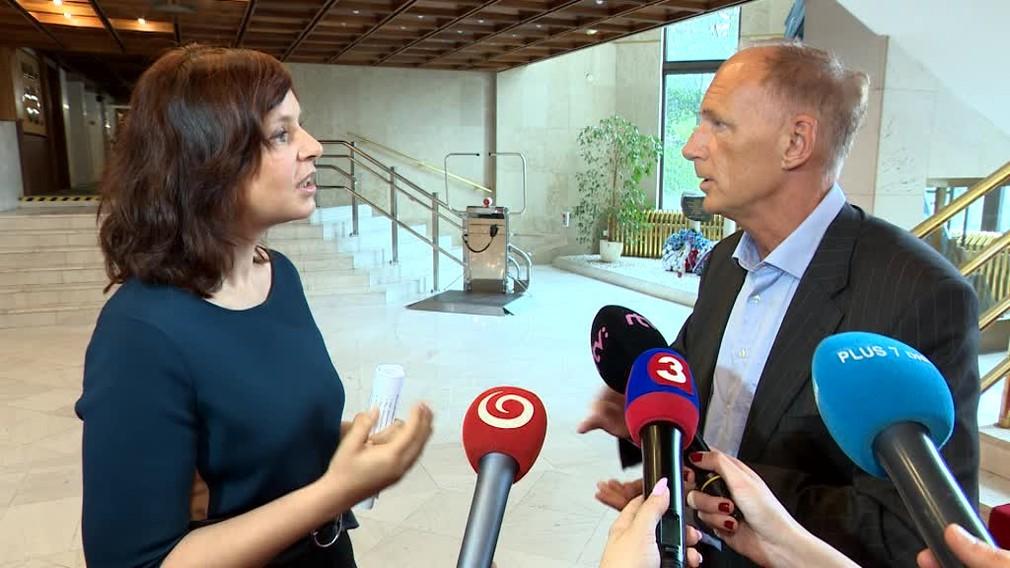Remišová vyzýva Danka, aby sa vzdal funkcie predsedu parlamentu516