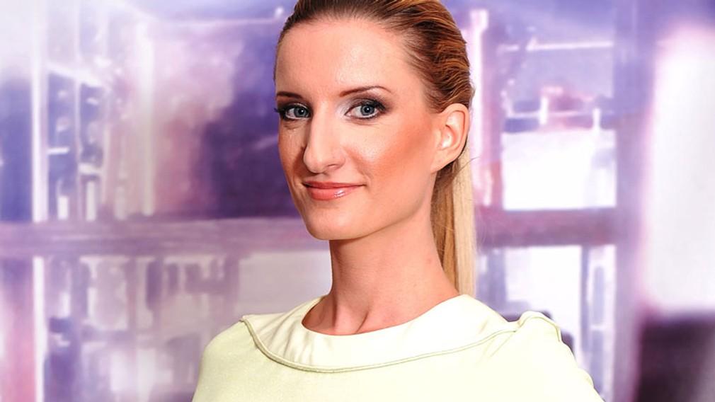 Adela Banášová