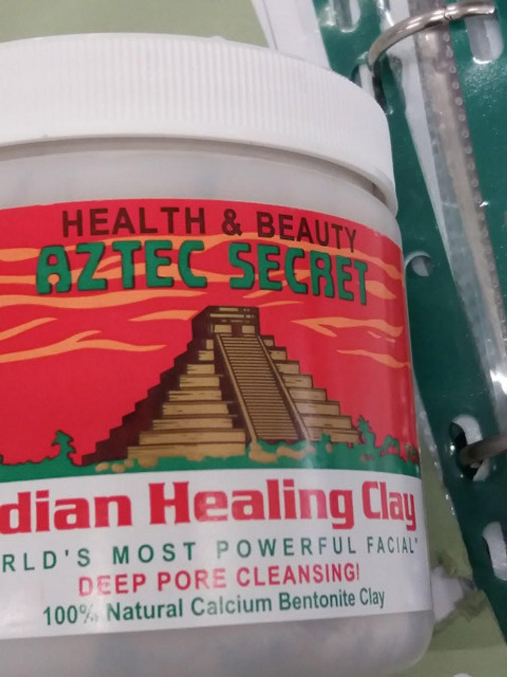 Indian Healing Clay a je značky Aztec Secret Health and Beauty