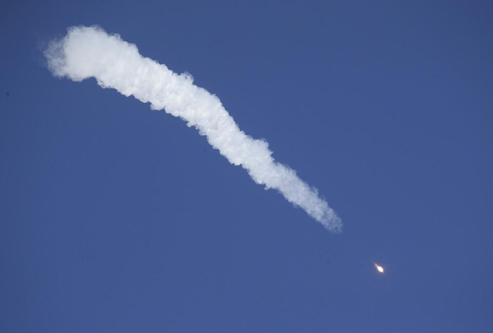 Vesmírna loď Sojuz MS-10 musela núdzovo pristáť