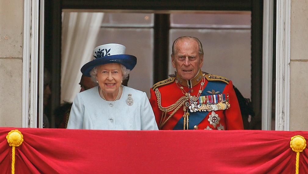 kráľovna Alžbeta II. a princ Filip