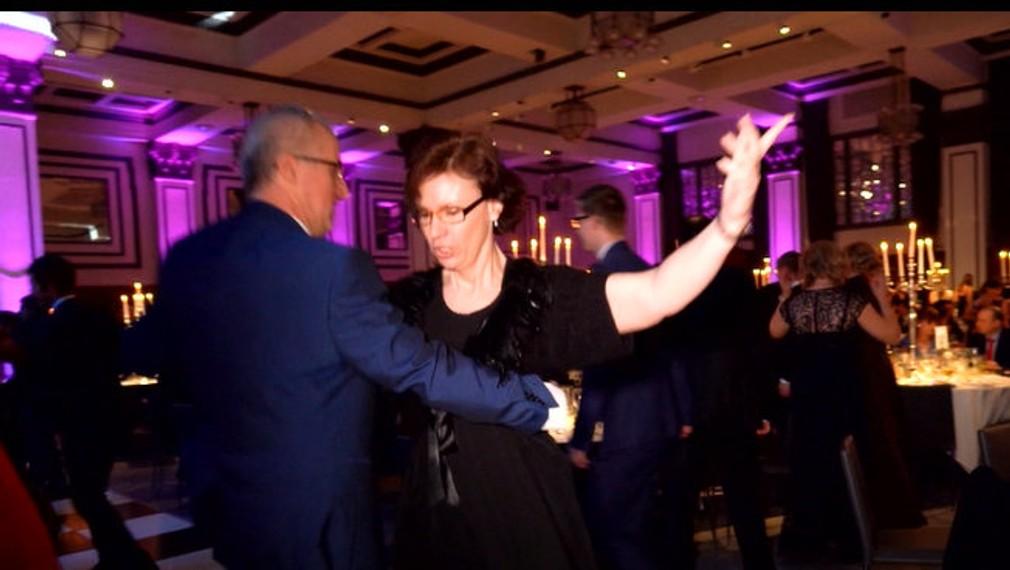 Česko-Slovenský ples v Manchestri prekonal očakávania. TAKTO to vyzeralo na parkete až do RÁNA