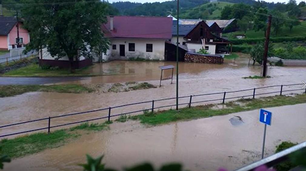 Záplavy v okolí BB