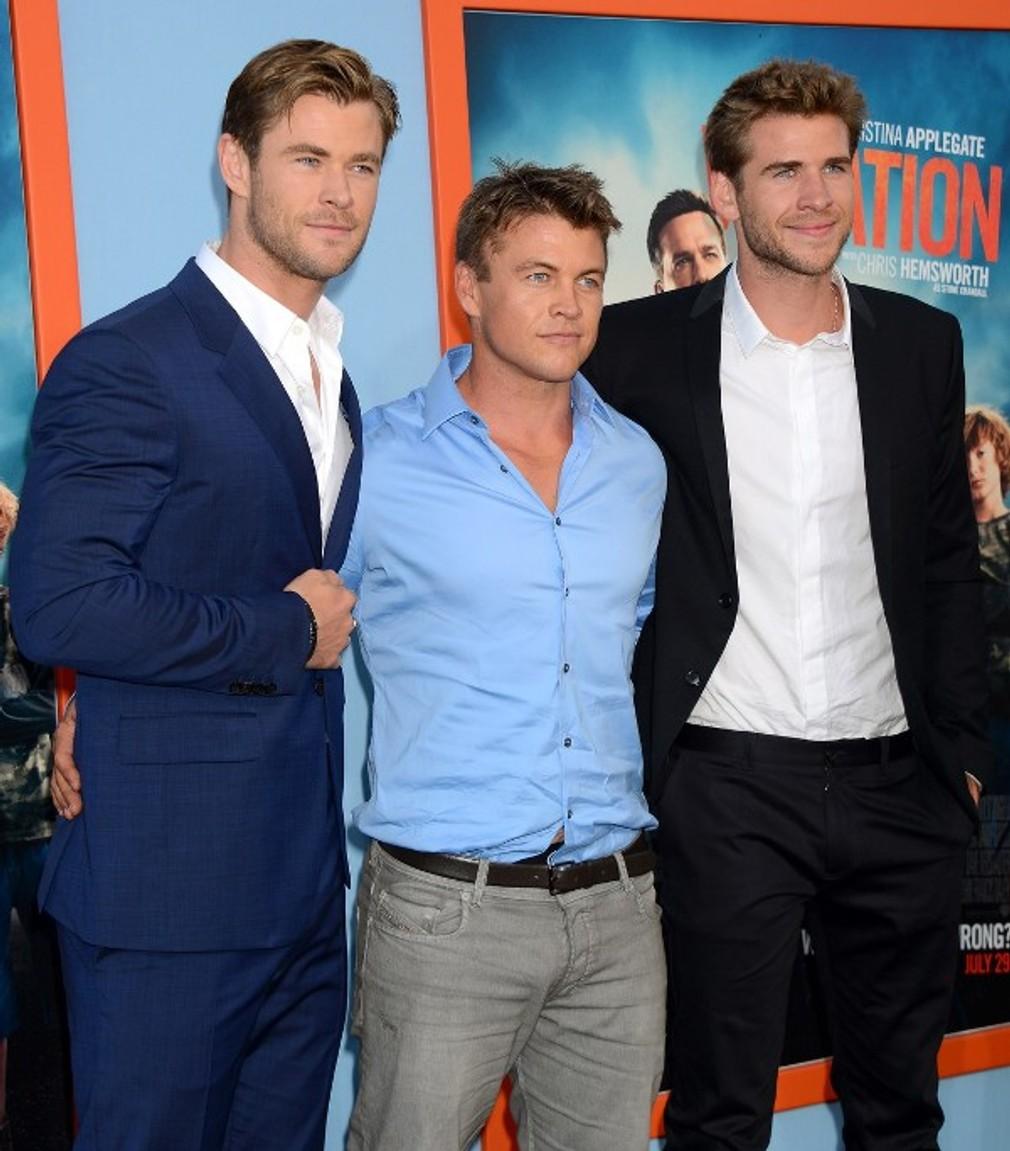 Chris, Luke a Liam Hemsworthci