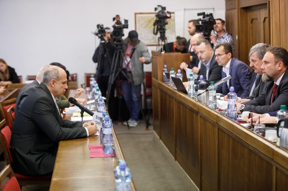 Výbor pre obranu a bezpečnosť vypočúva kandidátov na post prezidenta Policajného zboru SR
