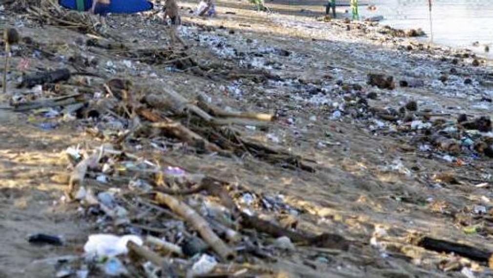 Plast na Bali