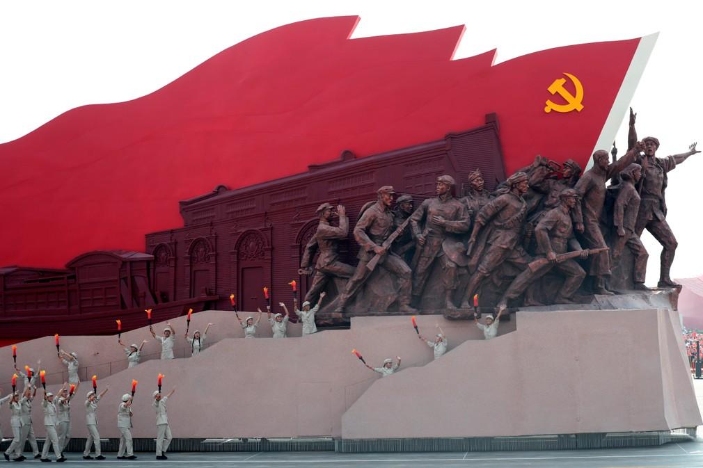 Čína si veľkou vojenskou prehliadkou pripomenula 70. výročie svojho vzniku