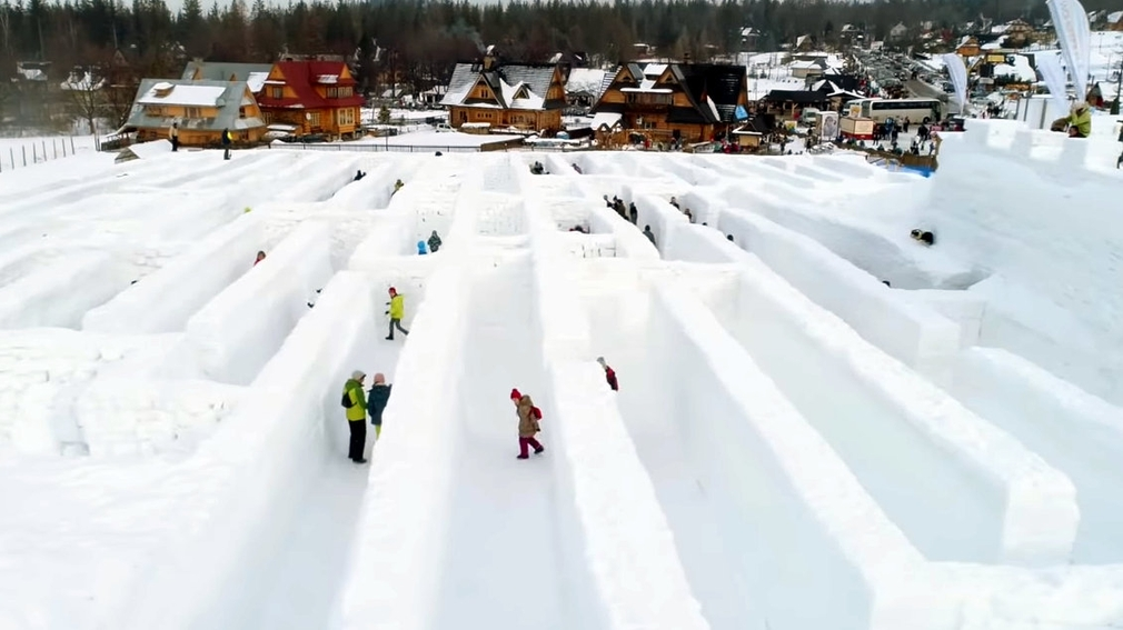 Snežný labyrint