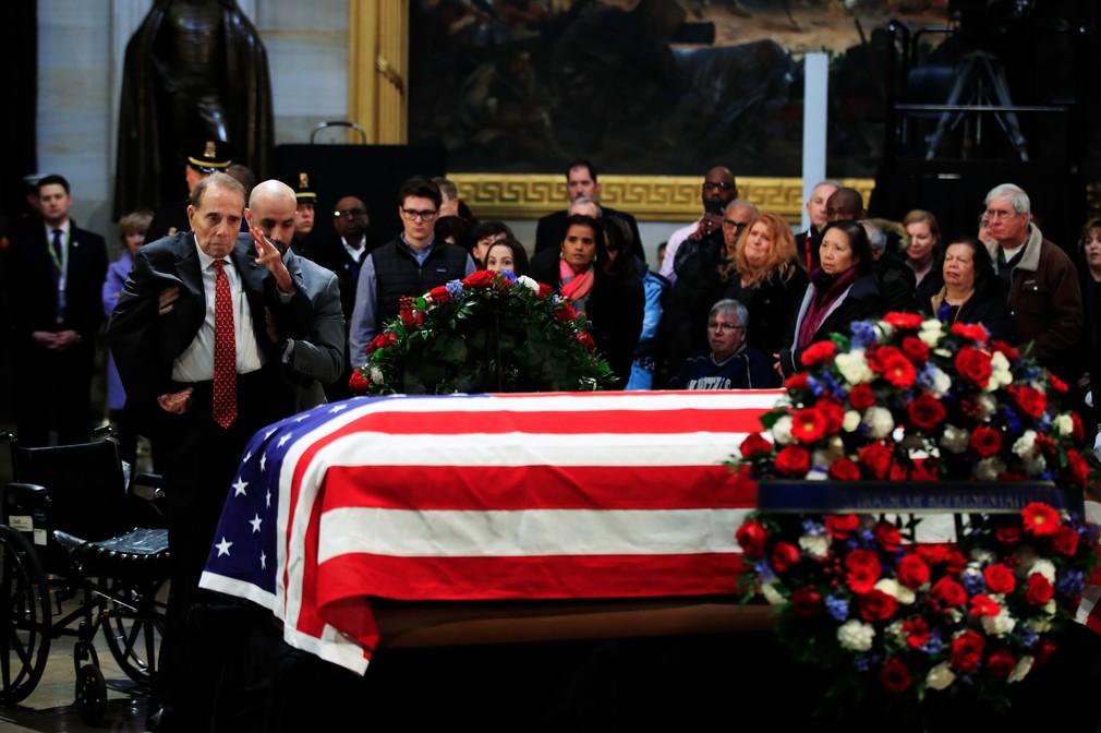 Posledná rozlúčka Georga Busha