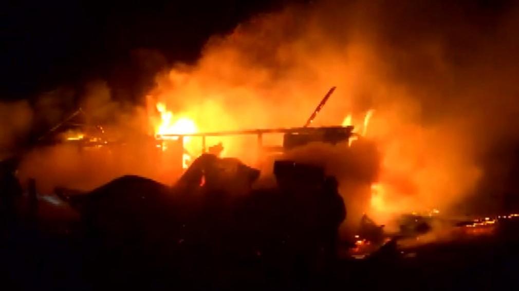požiar v malej osade