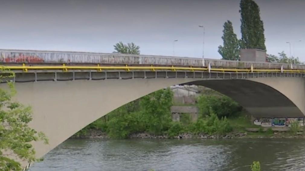 Most pri Komárne