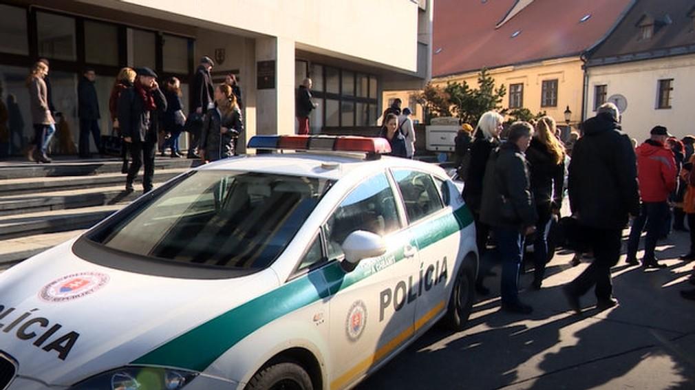 Ministerstvo spravodlivosti, Justičný palác a budovy súdov museli evakuovať
