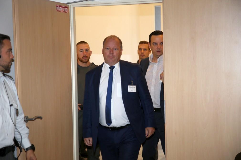 Mathias Settele na súde v kauze Zmenky