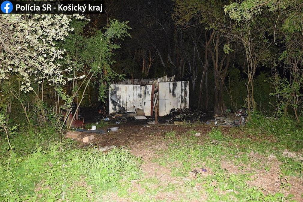 Tragická noc v Rožňave: V chatrči uhoreli dvaja ľudia