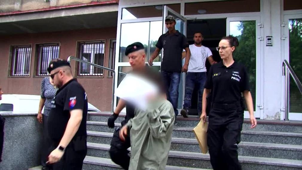 [multi] Záhadná smrť v Brezne. V opustených kasárňach našli telo 48-ročného muža 1188