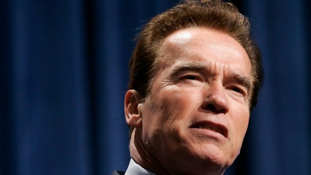 Schwarzenegger zblizka