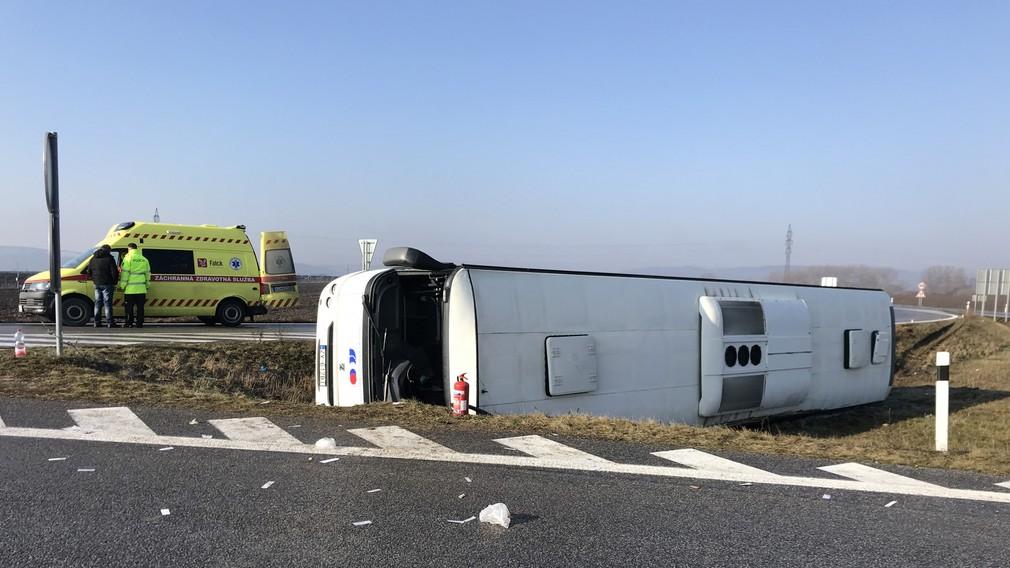 Nehoda autobusu Tornaľa