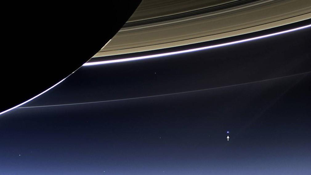 Posledna fotka Zeme Cassini