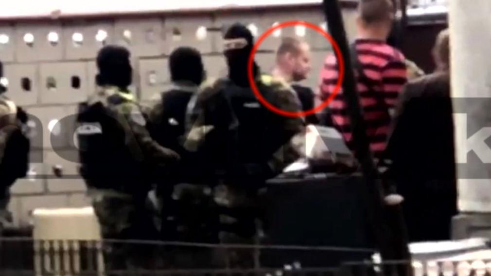 Rekonštrukcia vraždy v Kuciakovom dome. Na mieste je obvinený Miroslav Marček