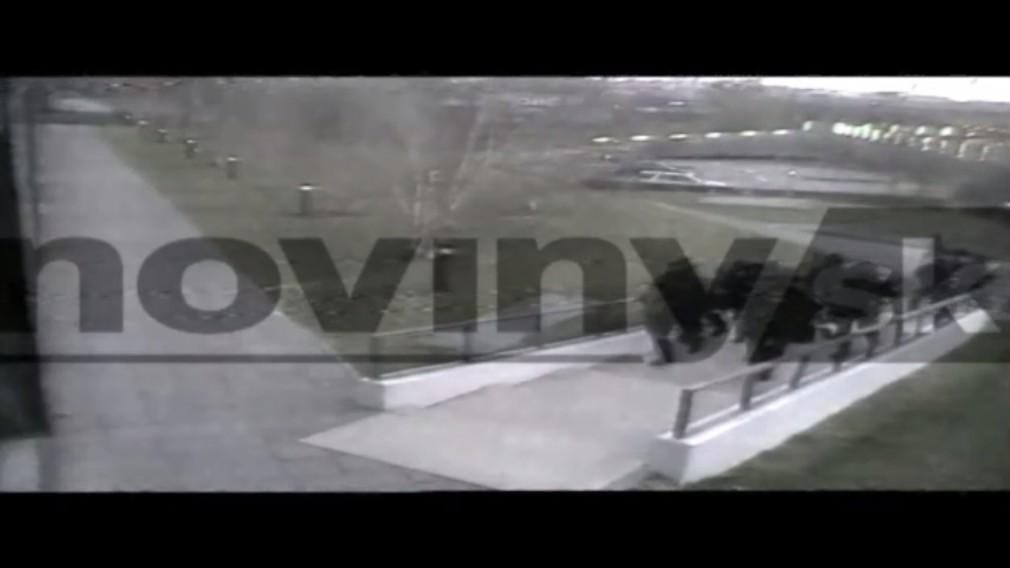 Zásah kukláčov v sídle Penty