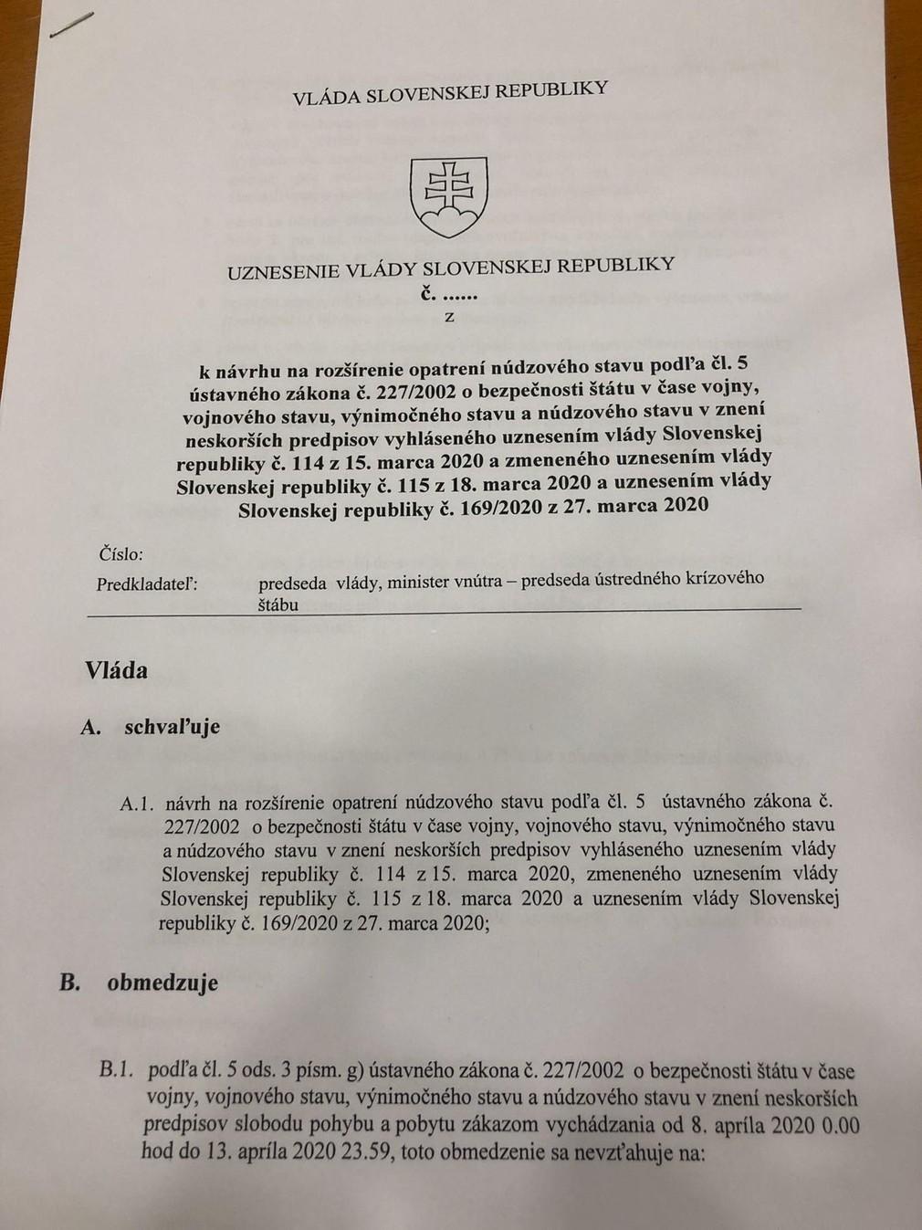 Uznesenie vlády o zákazu pohybu osôb na obdobie od 8.4. až 13.4.