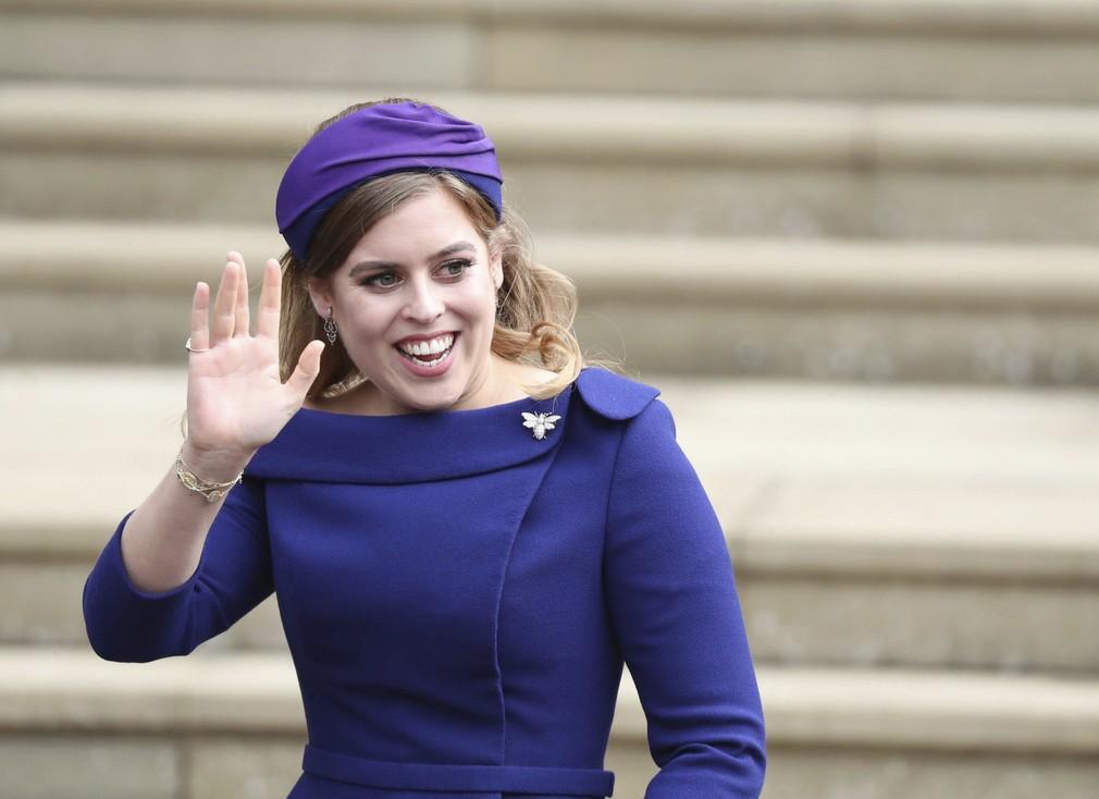 f1208daa3e96 Príchody hostí na kráľovskú svadbu. Princezná Beatrice