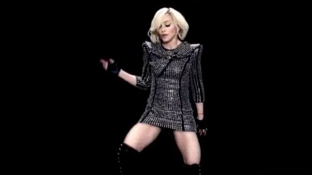 Madonna v piesni Celebration
