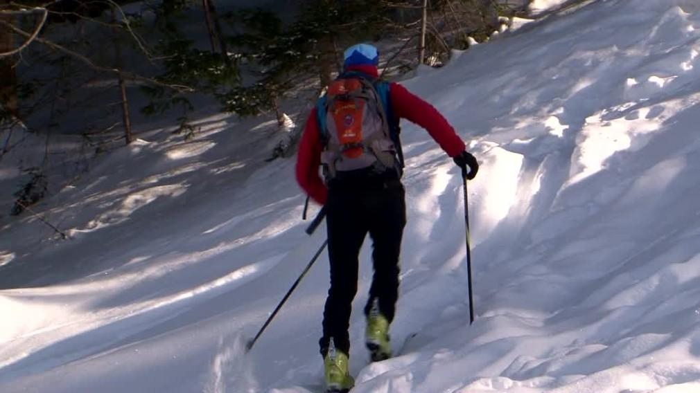 77780cc558 Záchranná akcia v horách. Skialpinista javil známky mozgovej príhody ...