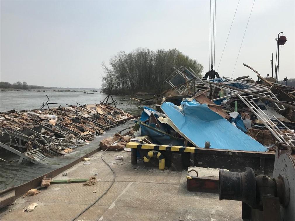 Dunaj, loď, odstraňovanie
