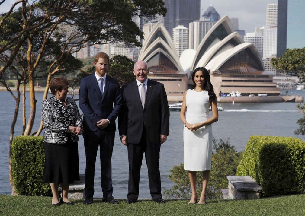 Kráľovský pár pred operou v Sydney
