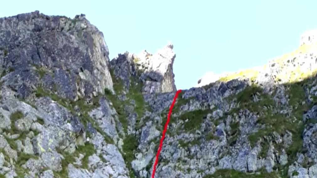 Tragický 100-metrový pád zo skaly