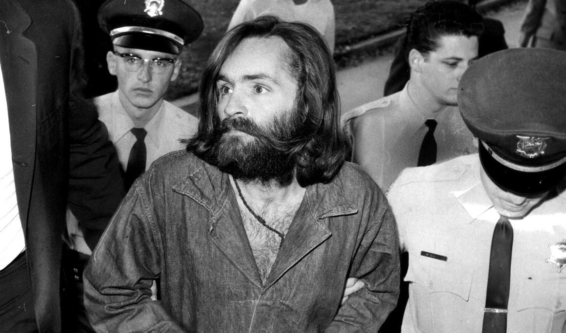 Po stopách vraha Mansona