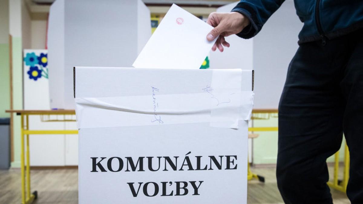 20024f943 Opätovné komunálne voľby: Slováci si volia starostov a poslancov | Noviny.sk