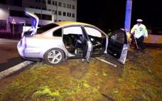36cfdc725 Po náraze do [multi] Vo Zvolene sa v noci naháňali policajti s autom. Po  náraze do