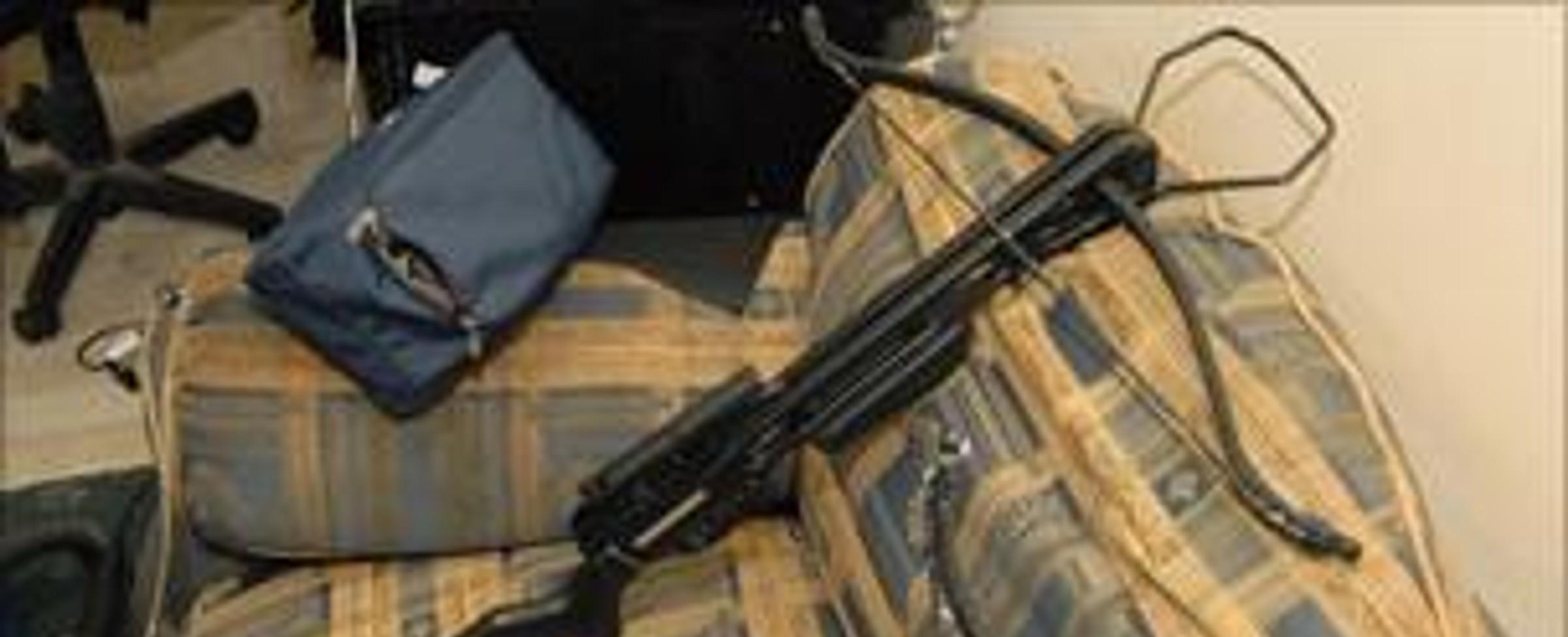 Vražedná zbraň - samostříl