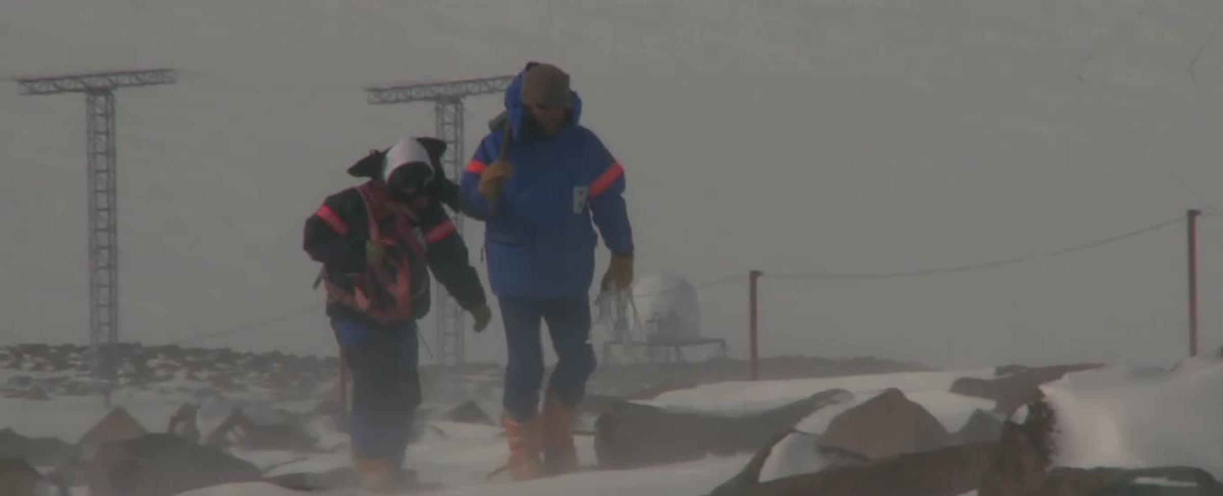 Antarktida - Cesta do bílé pouště