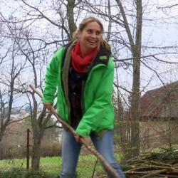 Danica Jurčová a jej chalupa vo Východnej