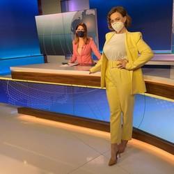 Svieži jarný trend - nohavicový kostým