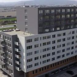 Trojizbová novostavba v Petržalke