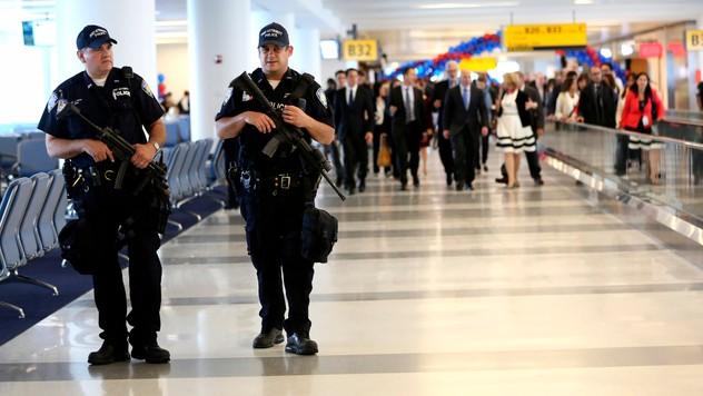 ad6ec0a47b Na letiskách v USA zlyhal systém identifikácie podozrivých osôb